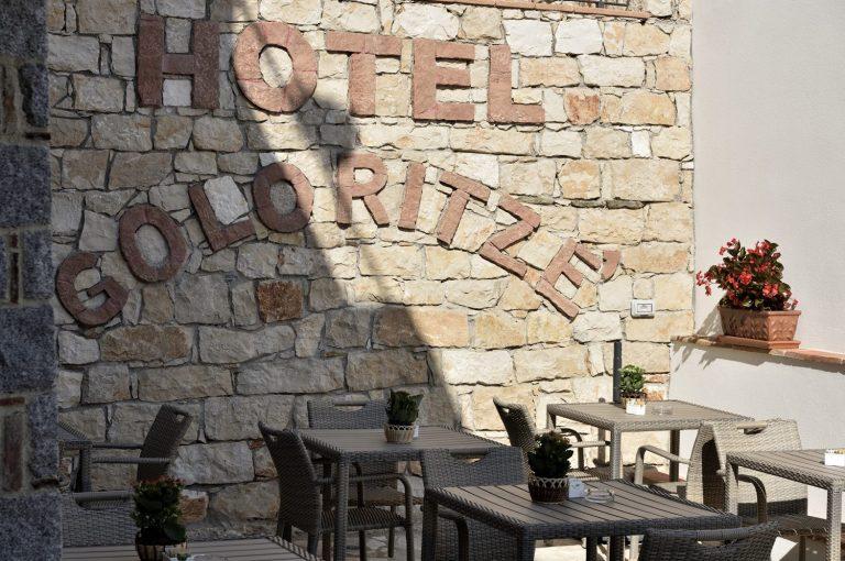 dettaglio scritta hotel goloritze